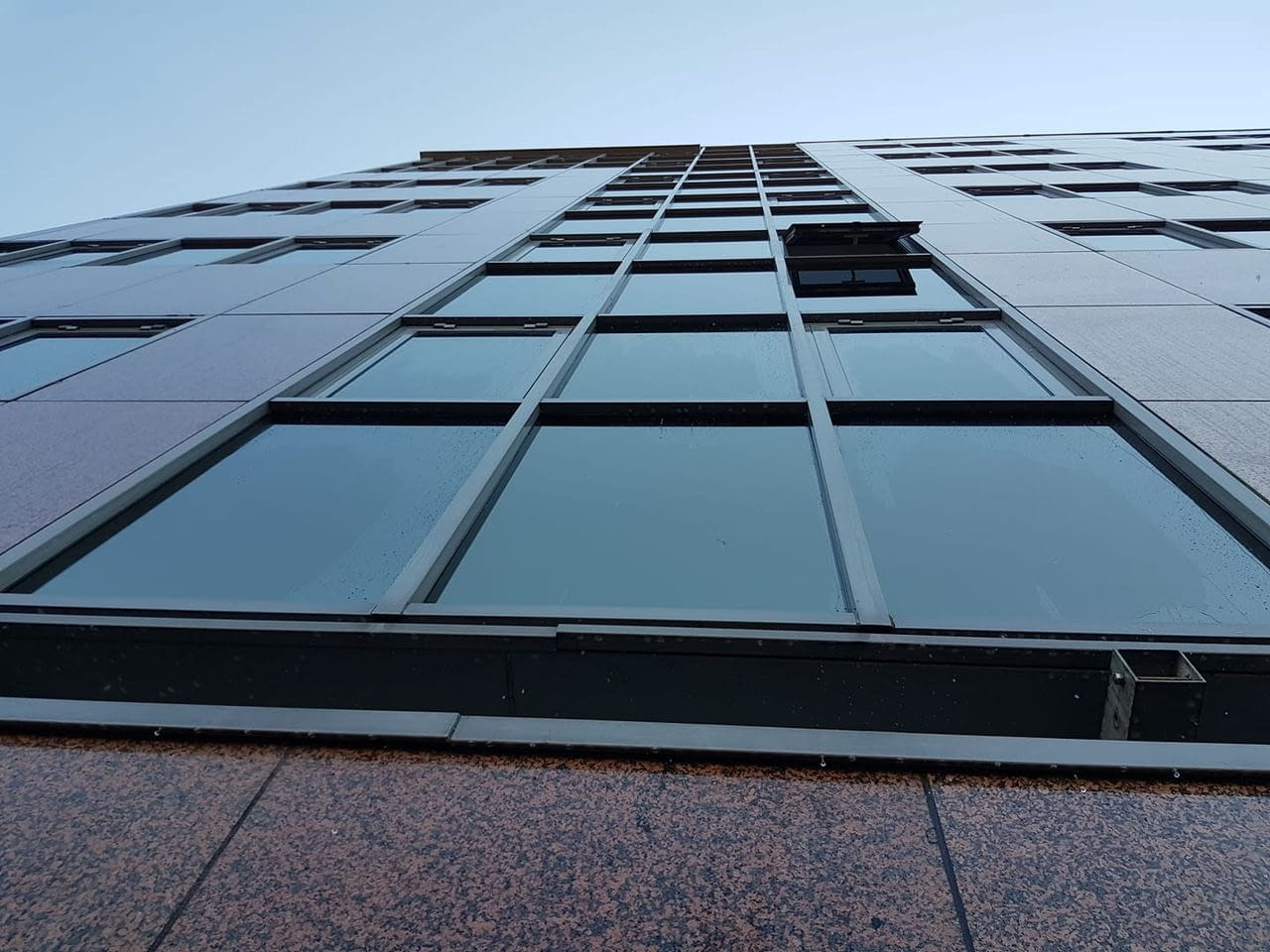High Rise Window Cleaners that use scaffolding swing stage OSHA approved Denver CO