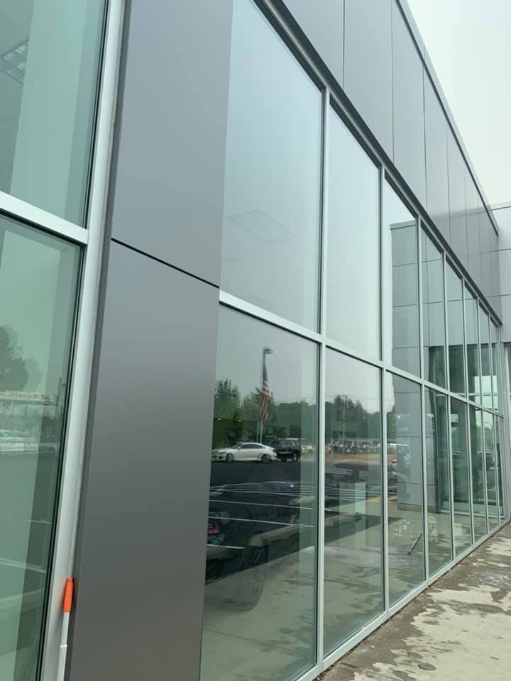 Commercial window cleaners that can do airport in denver co