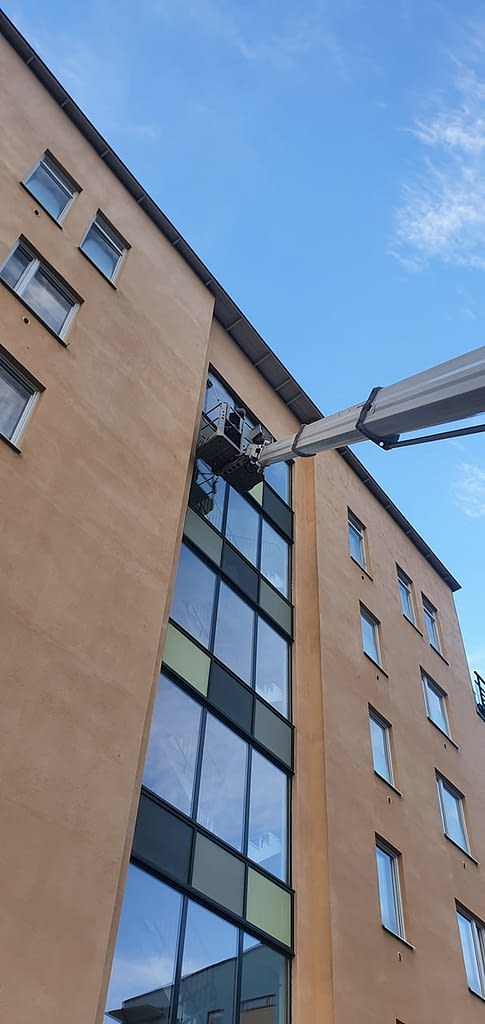 Cleaning High Office Tower Windows - Denver CO