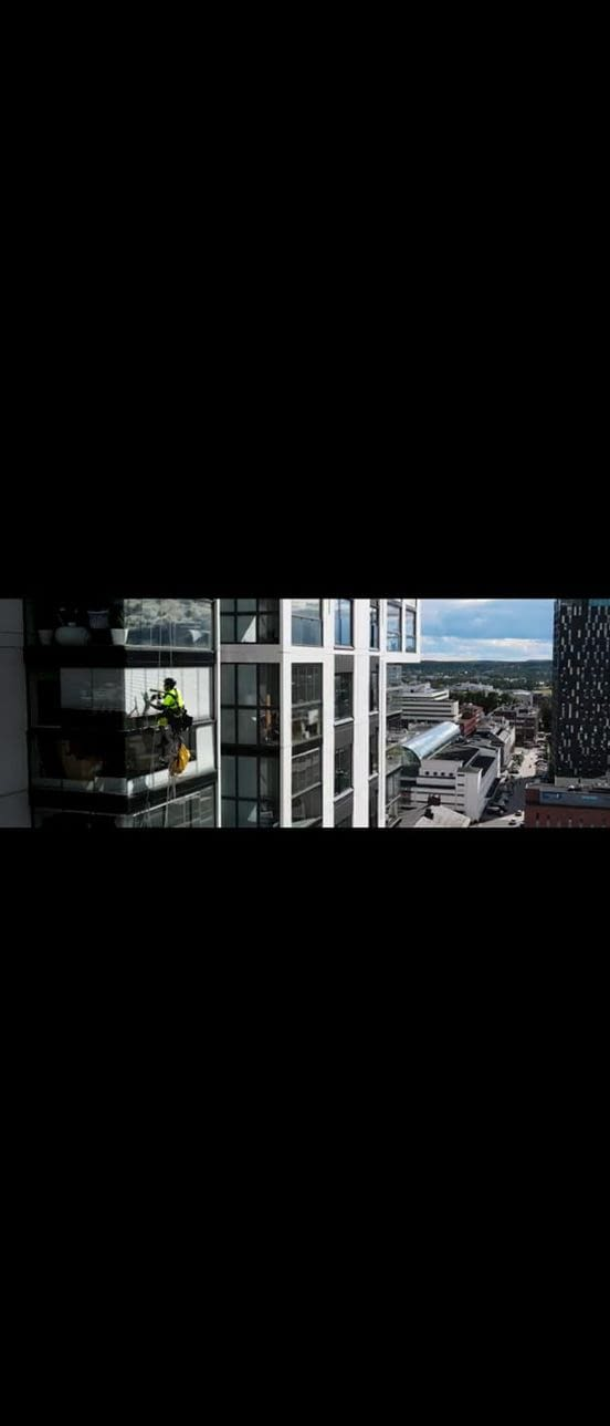 Really High Up Window Cleaners in Denver CO