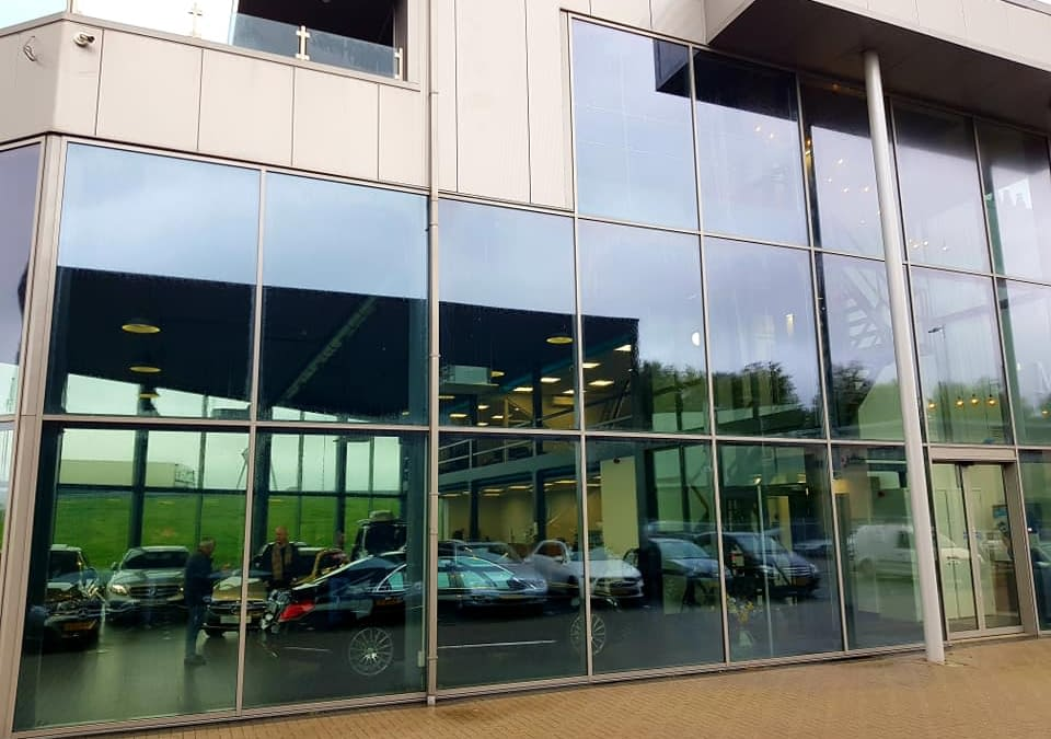 Car Dealership windows washing company