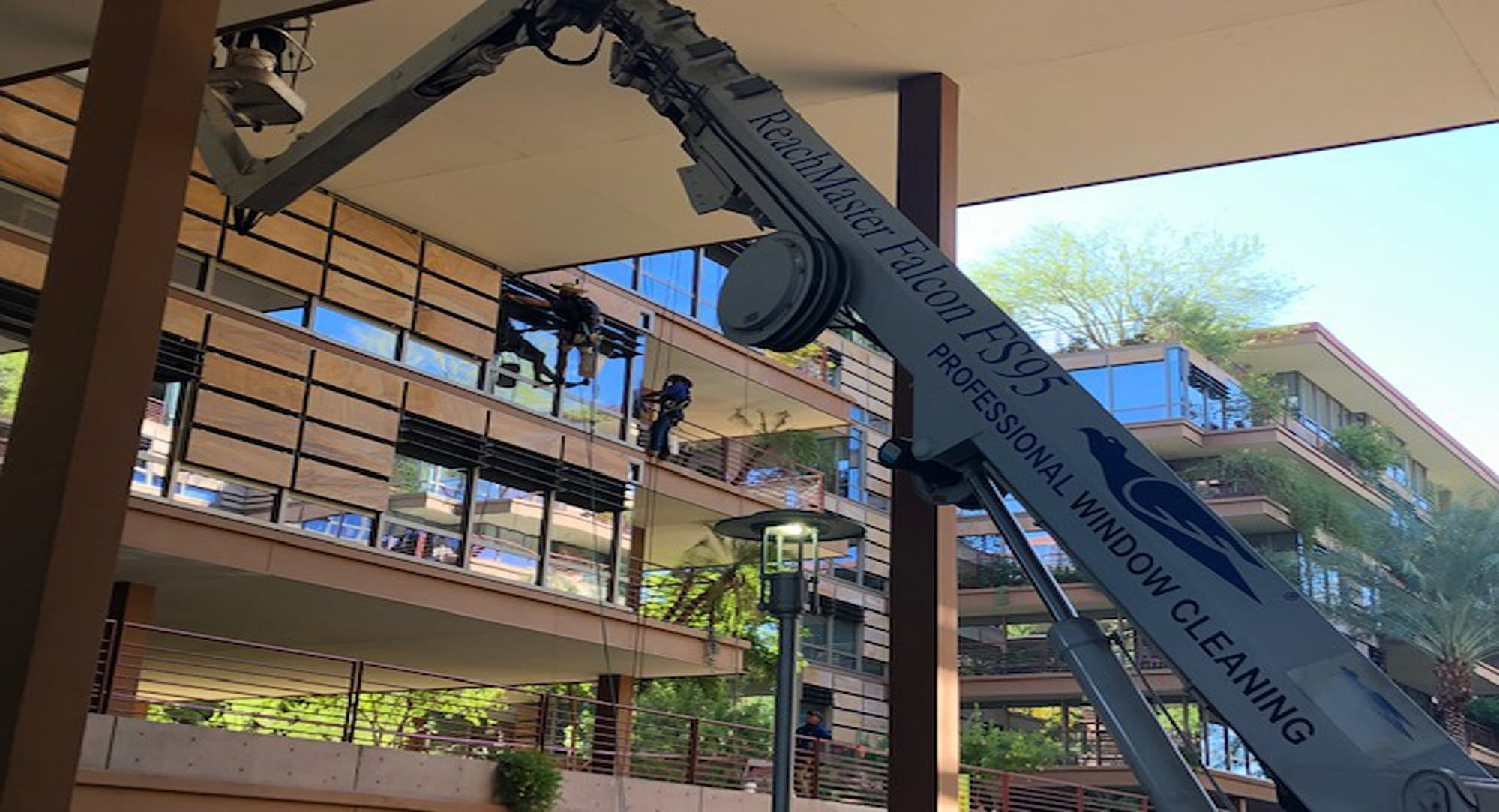 Best commercial and high rise window cleaners Denver CO - Professional Window Cleaning